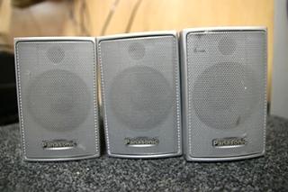 USED RV OR HOME AUDIO PANASONIC 5 PIECE SURROUND SOUND SYSTEM