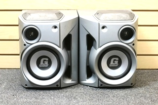 USED RV OR HOME SUBWOOFER SET PN: FB 570 PM SN: 9809837