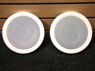 USED RV/MOTORHOME 2 PIECE 4Ohm WHITE MAGNADYNE SPEAKER SET