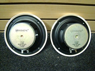 USED RV/MOTORHOME 2 PIECE 4Ohm WHITE MAGNADYNE SPEAKER SET