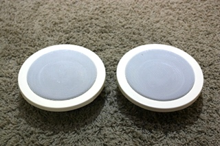 USED MAGNADYNE 2 PIECE CREAM SPEAKER SET LS515C RV PARTS FOR SALE