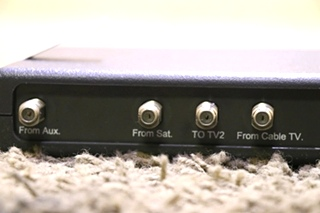 USED RV VS-0503/5312 WINEGARD ENTERTAINMENT SELECT TV SWITCH BOX FOR SALE