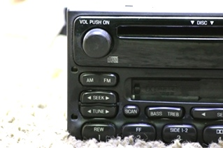 USED FORD 50622B1B8E STEREO CD PLAYER FOR SALE